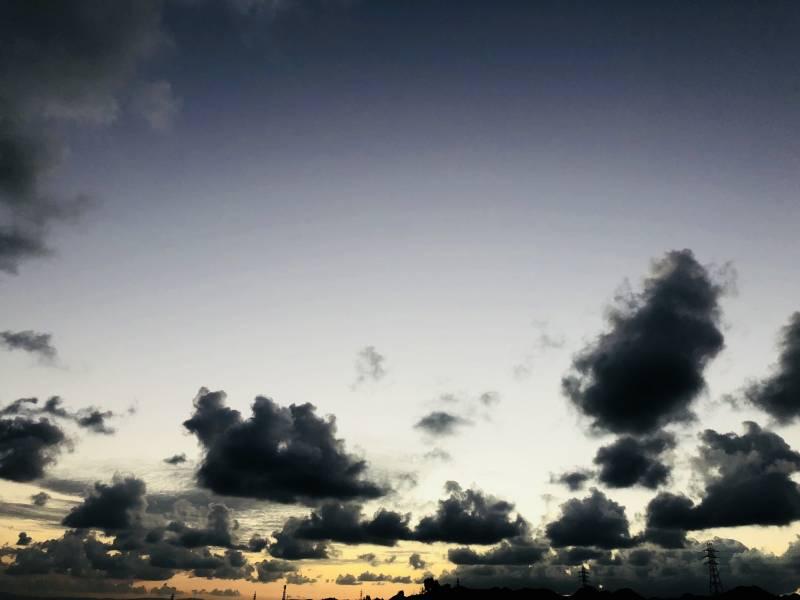 11月9日 AM6:30頃のゆがふいんBISE 近くの空